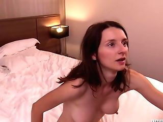 Lovely Bitch, Pauline Is Having Amazing Hookup With Two Horny Paramours, At The Same Time