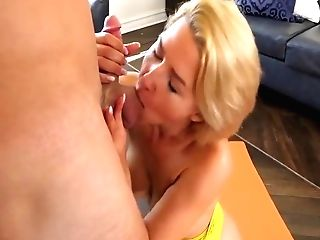 Codey Steele And Kit Mercer - Horny Mummy Fucks Her Yoga Instructor After He Frigs Her