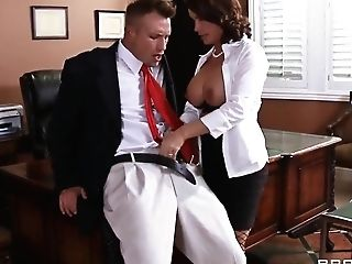 Big-titted Professor Diamond Foxxx Gives The Hot Fuck Lesson