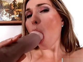 Raw Mommy Evelina Marvellou Wants To Fuck Hot Youthful Step Sonnie