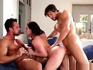Big Orbs Cougar Kendra Passion Hammered In Threesome Fuckfest