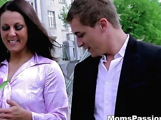Moms Passions - Zlata - He Knows What A Woman Wants