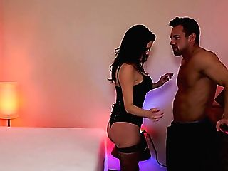 Looking Like A Truly Expensive Whore In Black Underwear Veronica Avluv Is Fucked